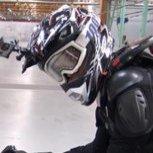 世界首台飛行電單車真人實測!你需要有視死如歸的勇氣!