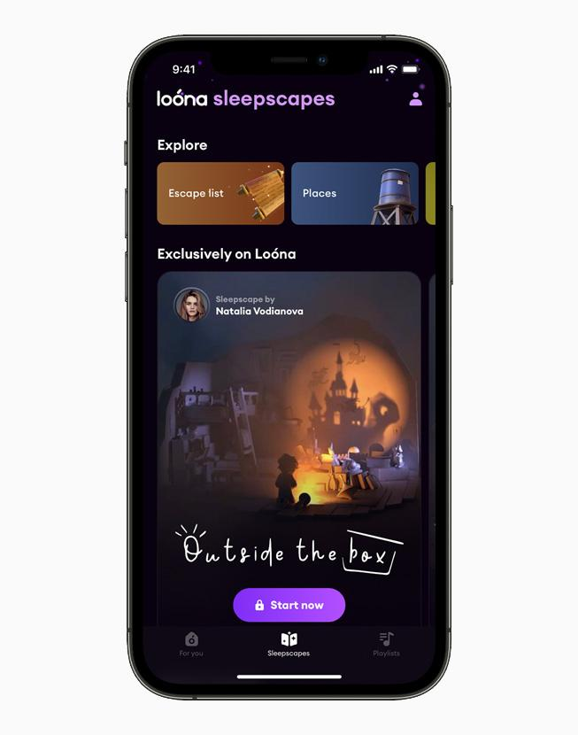 在 iPhone 12 Pro 上展示《Loóna》的助眠體驗。
