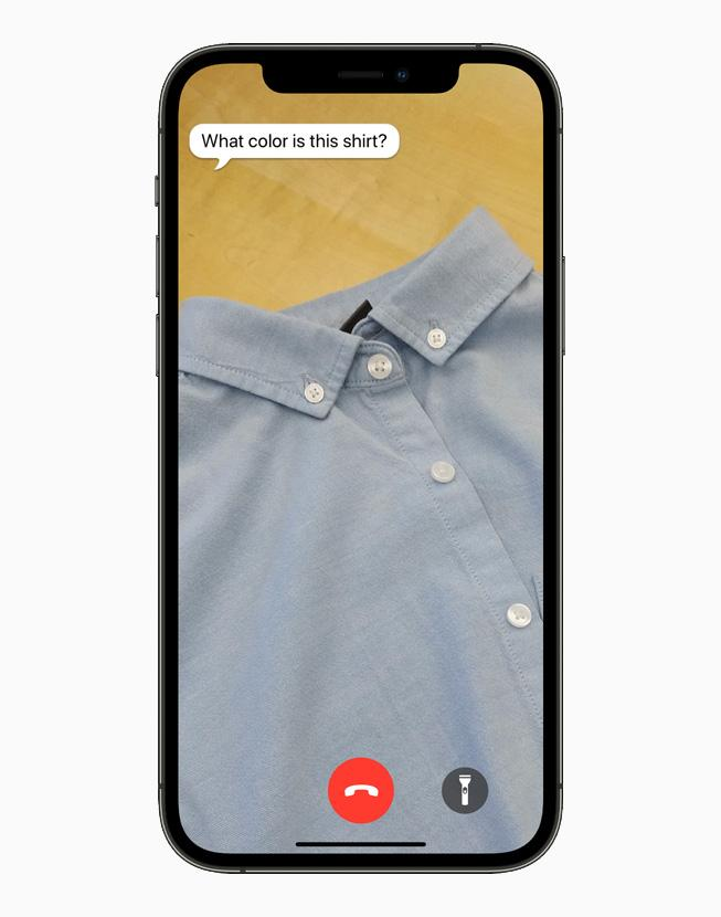 在 iPhone 12 Pro 上展示《Be My Eyes》。